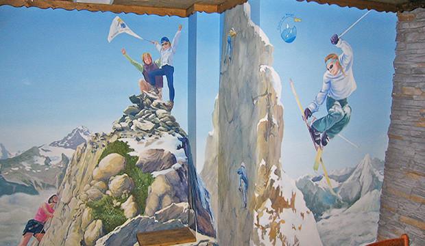 La fresque pour les associations A chacun son Everest et Etoiles des neiges